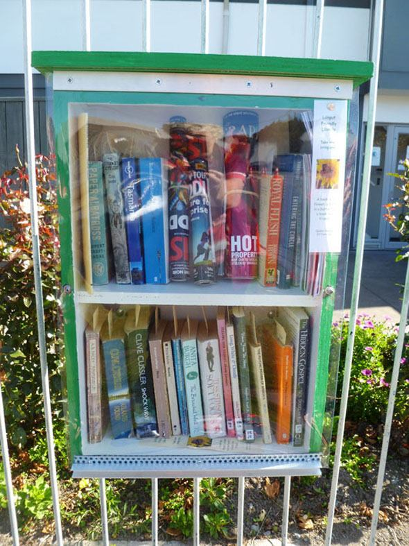 Lilliput Libraries | a Poems in the Waiting Room project